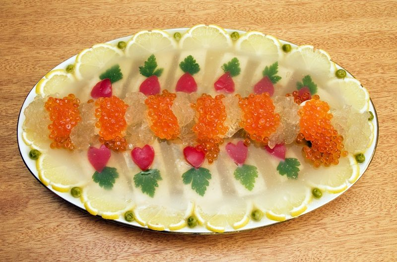 jellied-fish-with-caviar-2