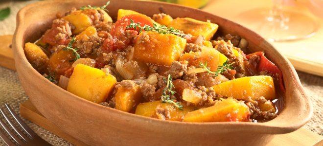 pumpkin-tomato-mincemeat-dish