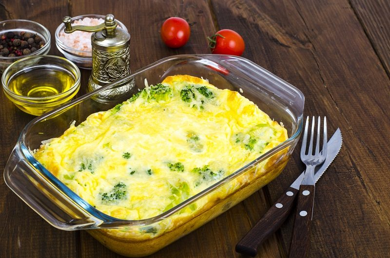 omelette-of-eggs-broccoli-cheese-in-glass-heat-resistant-form