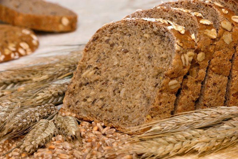 whole-grain-bread-and-cereals-2