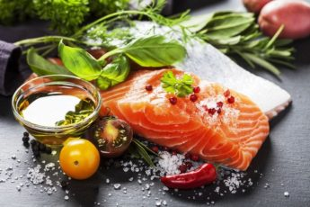 delicious-portion-of-fresh-salmon-fillet-with-aromatic-herbs-3